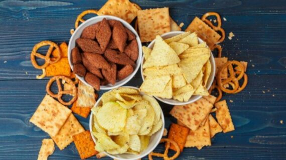 Cara Memulai Bisnis Makanan Ringan Dengan Strategi Jitu
