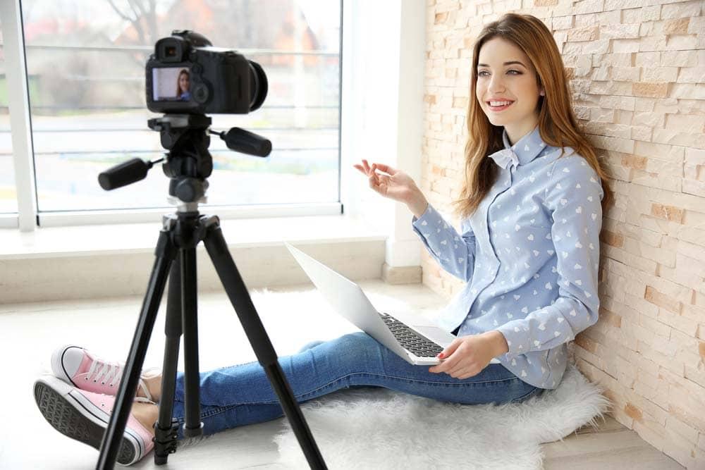Bisnis Online untuk Pelajar Mudah & Praktis Buat Nambah Penghasilan
